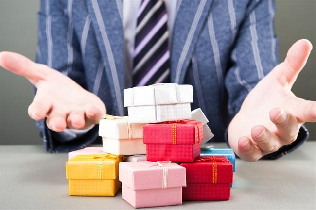 クレジットカード現金化では取引するお店によって購入する商品が違うの?